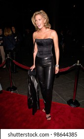 Supermodel KYLIE BAX at the Los Angeles premiere of Snatch. 18JAN2001.   Paul Smith/Featureflash