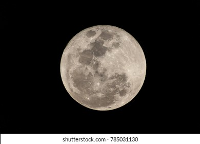 "Supermoon closes out the first day of the year is calling this ""biggest and brightest"" one for the entire year and so far it isn't disappointing in Bangkok, Thailand January 2, 2018, Souteast Asia."