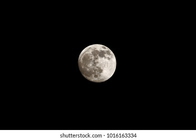 Supermoon at midnight , moon