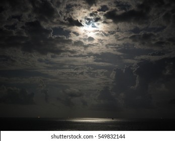 Supermoon and moonlight at Gulf of Thailand
