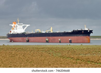 The supertanker Olympic Leopard is on 22 September 2017 in the port of Rotterdam.