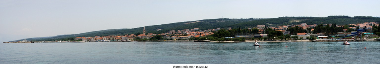 Supetar is the town with largest population on the island of Brac. It is the main ferry harbor on the island but also a tourist place with history, sunny beaches and night clubs.