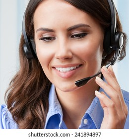 Support phone operator in headset, at workplace