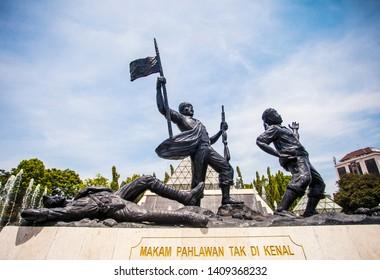 Surabaya, Indonesia : Statue of heroes in Tugu Pahlawan Square in Surabaya, Indonesia (11/2018).