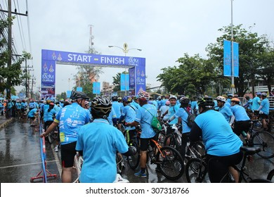 "SURAT THANI, THAILAND - AUGUST 16 : Unidentified riders in action during ""Bike for Mom event"" on August 16, 2015 in Surat Thani, Thailand. Bike for Mom is the event for celebrates queen's birthday."