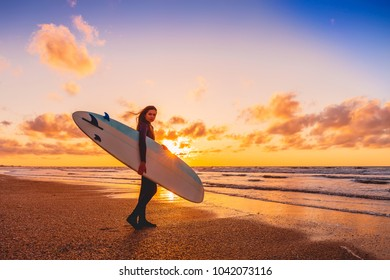 Surf Pose Images Stock Photos Vectors Shutterstock