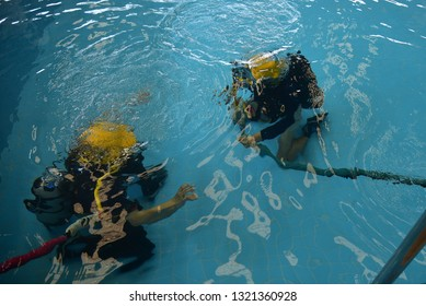 surface supplied commercial diver. diver. Underwater.