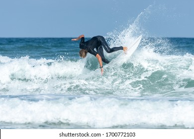 Surfer in Lacanau (Gironde, France)