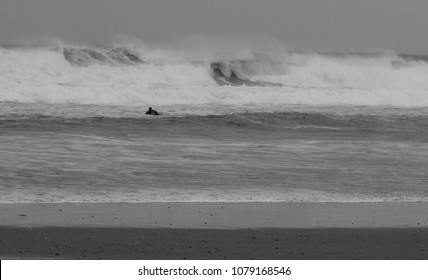 Surfin the waves