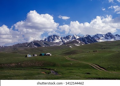 Suusamyr Valley  before the Too-Ashuu Pass, the Osh-Bishkek highway.