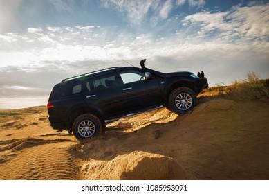 SUV Mitsubishi Pajero Sport,  Kalmykia region, Russia. 04-22-2016