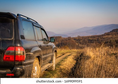 SUV travels in the spring Carpathians