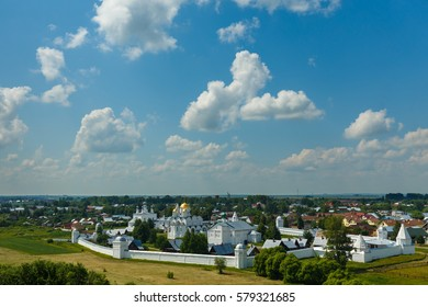Suzdal, Golden ring of Russia. Panoramic view of the Pokrovsky monastery.