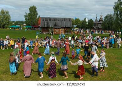 Suzdal, Russia - August 14, 2016: International Quilt Festival in Suzdal 'Soul of Russia'. Traditional Russian round dance.