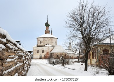 SUZDAL, RUSSIA -  Winter scene with the view of the 17th-century Church of the Exaltation of the Holy Cross in Korovniki, at the edge of city.