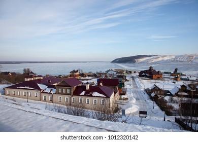 Sviyazhsk. Types of the island. View of the Sviyaga River.