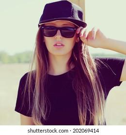 Imágenes, fotos de stock y vectores sobre Woman+cap