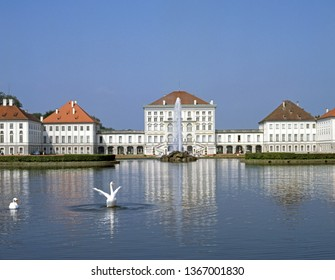 Swans in the lake in front of the Nymphenburg castle in Munich, Nymphenburger canal, Bavaria, Germany, Europe 15. June 2005