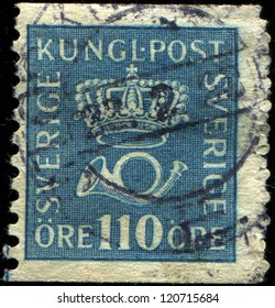 SWEDEN - CIRCA 1920: A stamp printed in  Sweden shows Crown and Post Horn, circa 1920