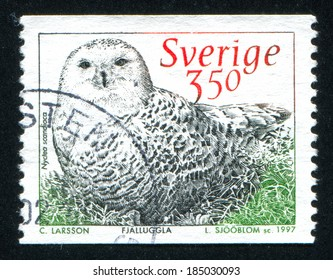 SWEDEN - CIRCA 1997: stamp printed by Sweden, shows Snowy Owl, circa 1997