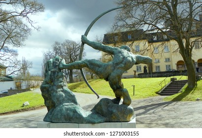 Sweden, Stockholm, Djurgarden Island, Prins Eugens Waldemarsudde Museum And Galley Forme, Hakone Open Air Muse Man and Pegasus