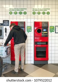 Swedish guy took all plastic garbage from home convert to SEK Sweden Krona at recycle machine ( Coop Hypermarket ), Karlstad city 31 March 2018