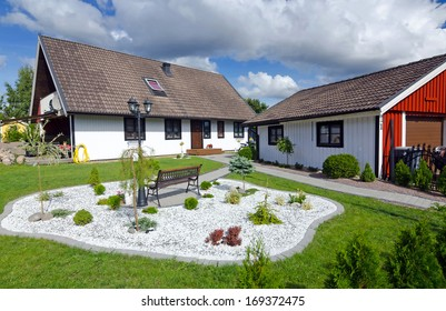 Swedish house with modern garden