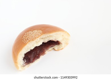 sweet bean bun