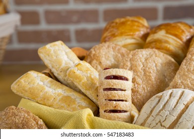 Sweet bread in a basket