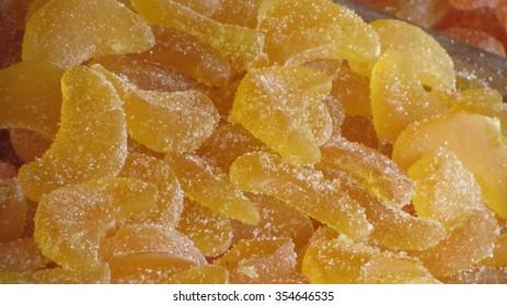 sweet gums yellow