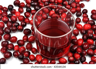 sweet organic cranberries and juice in a glass