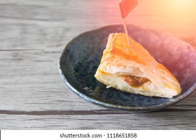Sweet pastry puff