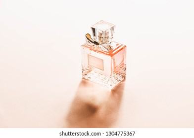 Sweet pink square perfume bottle,Soft and selective focus