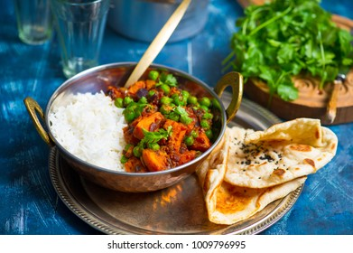 Sweet potato curry with green peas