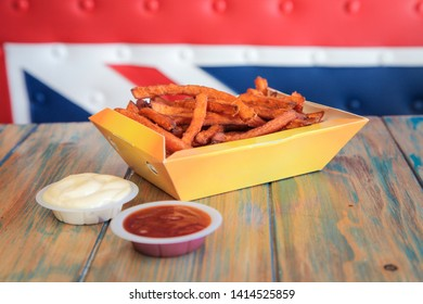 Sweet potato french fries with dips and ketchup