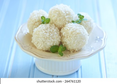 Sweet rice and coconut balls with hazelnut