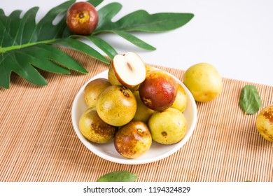 Sweet and sour fresh fruit winter jujube