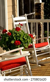 Sweet Southern life - rocking chairs on the porch