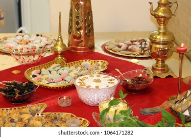 Sweet traditional table