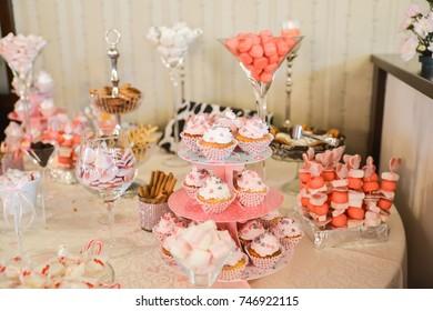 sweets arrangements for wedding reception
