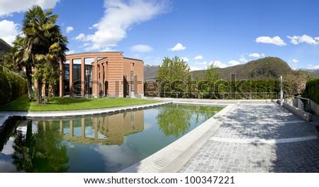 Swimming Pool Design Home Stockfoto (Jetzt bearbeiten ...