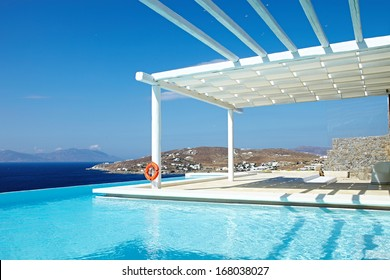 Swimming Pool with island view