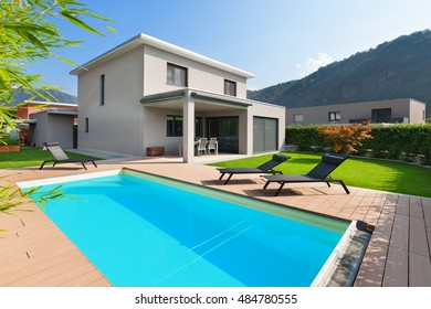 Villa Avec Piscine Images Stock Photos Vectors Shutterstock