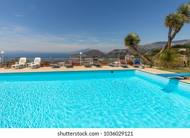 Swimming pool on the Amalfi Coast with views of the Gulf of Naples and Vesuvius. Sorrento. Italy