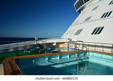 Swimming pool on the cruise ship's bow