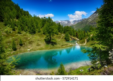 Switzerland, Arolla, Evolene, Lac Bleu lake.