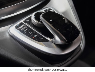 Switzerland; Geneva; March 8, 2018; Mercedes-Benz Marco Polo HORIZON 250d  4Matic gearbox lever; the 88th International Motor Show in Geneva from 8th to 18th of March, 2018.