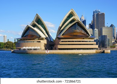 SYDNEY, AUSTRALIA -5 AUG 2017- View of the Sydney harbor, including the iconic opera house, in Australia under a blue sky.