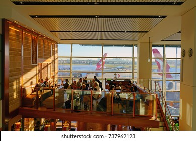 SYDNEY, AUSTRALIA -9 AUG 2017- View of the Qantas International First Class Lounge at the Sydney Kingsford Smith airport (SYD). Qantas (QF) is a member of the OneWorld alliance.