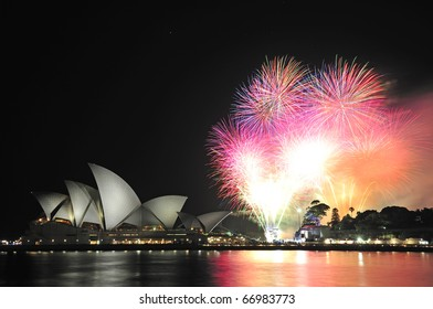 SYDNEY, AUSTRALIA - DECEMBER 11: Oprah Winfrey enjoys her first visit to Australia and holds a private party and her own firework show by the Opera House on December 11, 2010, Sydney, Australia.